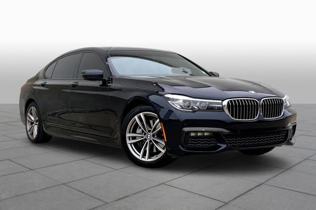 2018 BMW 7 Series 740e xDrive iPerformance **EXEC PKG, M SPORT, LUX REAR SEATING**