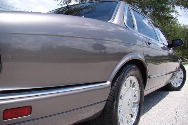 1995 Jaguar XJ  in Winter Garden, Florida