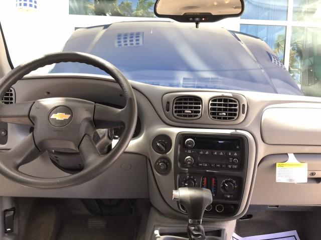 2006 Chevrolet TrailBlazer LS 4x4 LOW MILES Clean CarFax Warranty in pompano beach, Florida