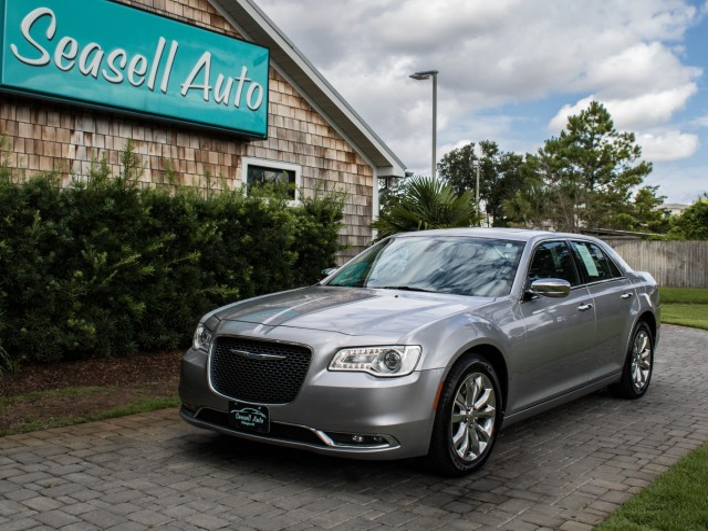 2017 Chrysler 300 300C in Wilmington, North Carolina