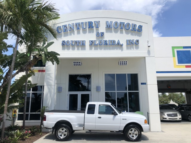 2004 Ford Ranger NO ACCIDENTS Edge 5 SPD 4X4 1 OWNER in pompano beach, Florida