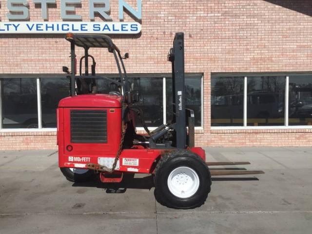 2008 Moffett M5500 Forklift