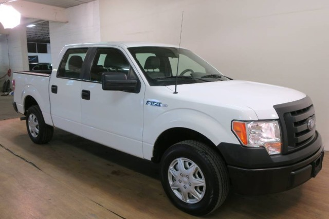 2013 Ford F-150 XL in Carlstadt, New Jersey