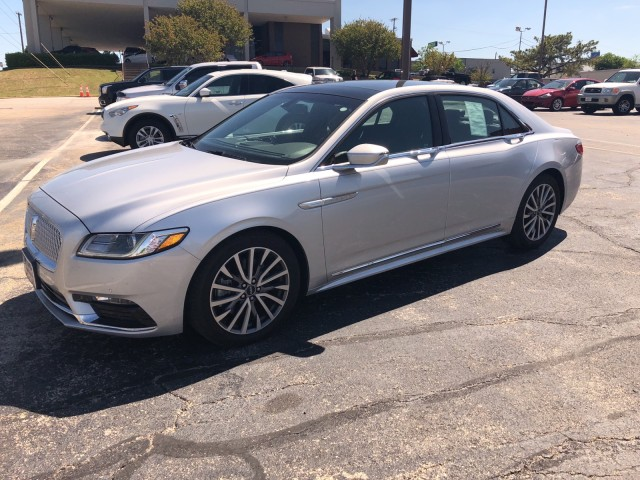 2017 Lincoln Continental Select in Ft. Worth, Texas
