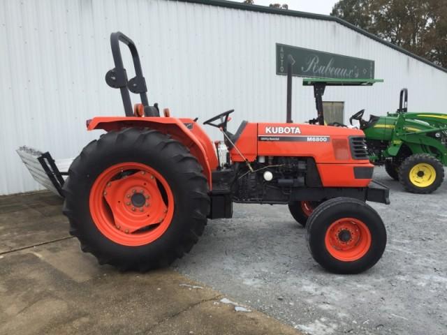 2000  M6800 Tractor in Lafayette, Louisiana