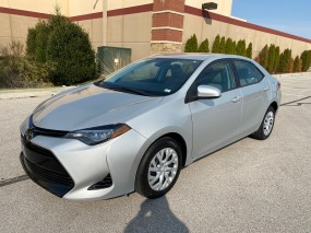 2018 Toyota Corolla LE in Chesterfield, Missouri