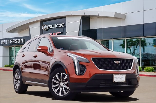 Pre-Owned 2021 Cadillac XT4 FWD Sport