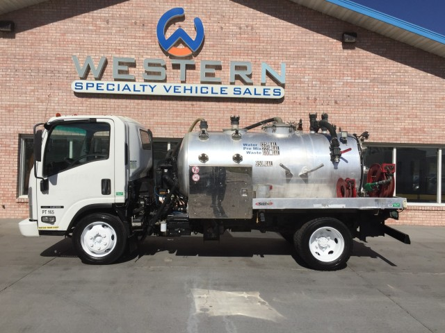 2008 Isuzu NPR Vacuum Tanker Truck