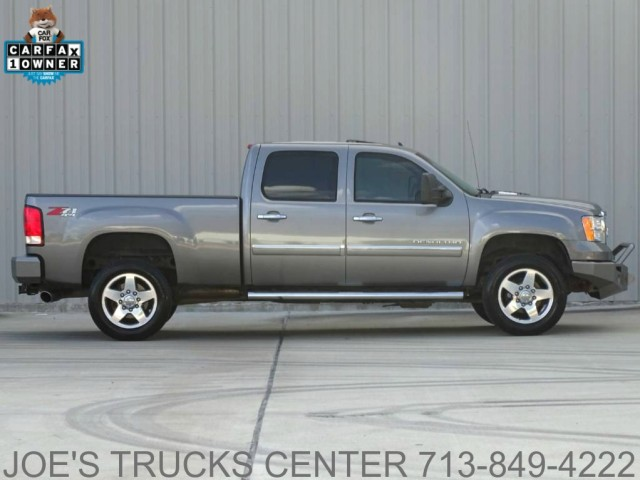 2012 GMC Sierra 2500HD Denali 4x4 in Houston, Texas