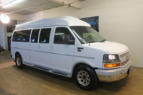2016 Chevrolet Express Passenger LT Conversion Van in Carlstadt, New Jersey
