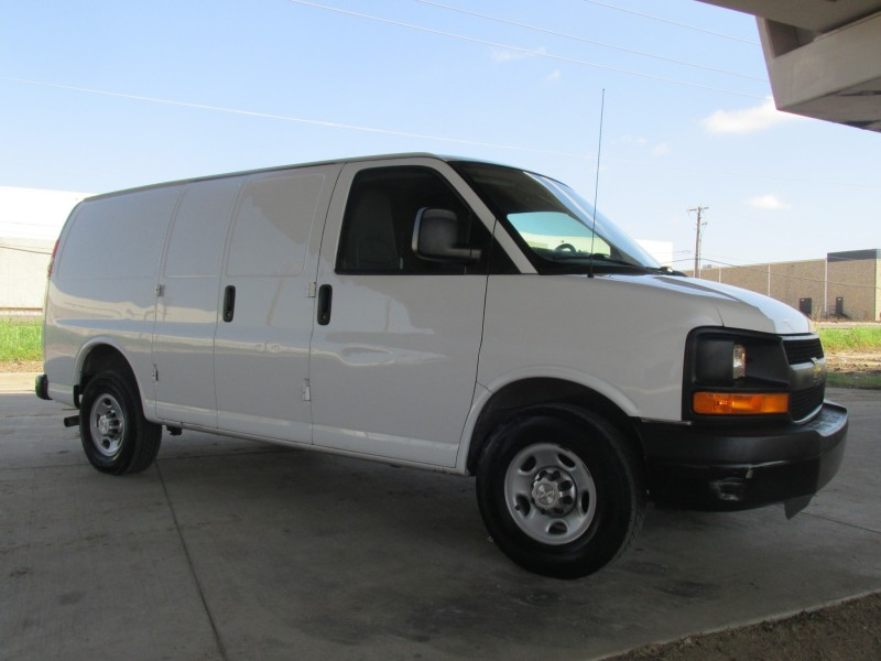 2014 Chevrolet Express Cargo Van 2500  in Farmers Branch, Texas
