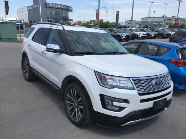 Pre-Owned 2016 Ford Explorer   Local Trade   4WD Platinum