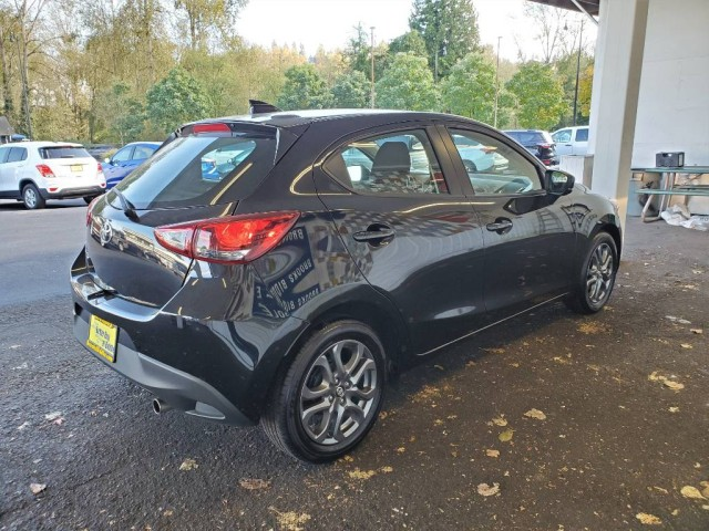 Pre-Owned 2020 Toyota Yaris Hatchback LE