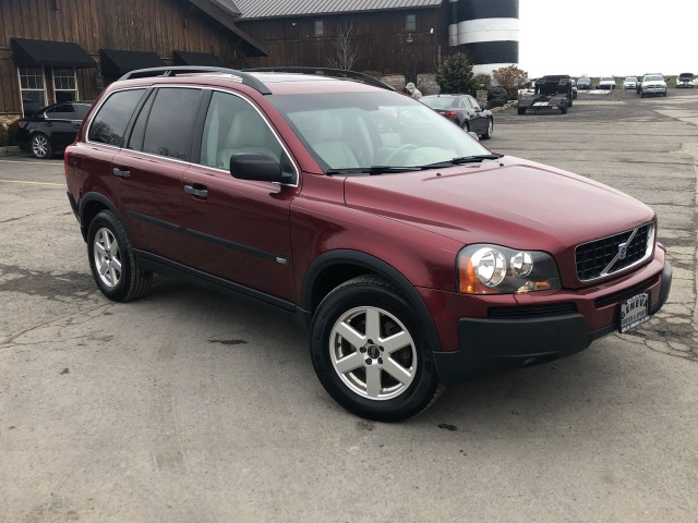 Used 2005 Volvo XC90 (fleet-only)  SUV for sale in Geneva NY