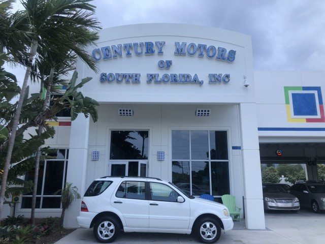 2003 Mercedes-Benz M-Class, 1 owner, low miles 4x4 51,764 in pompano beach, Florida