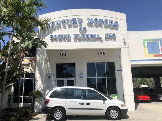 2006 Dodge Caravan SE, low miles, 2 owner, 7 passenger, 3rd row, no accidents in pompano beach, Florida