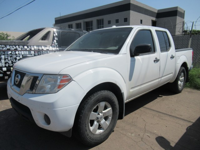 54902012 Nissan Frontier SV