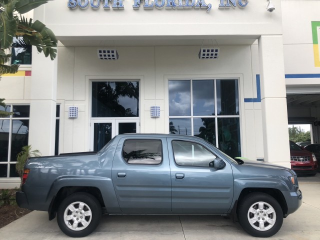 2006 Honda Ridgeline LOW MILES AWD RTS1 OWNER FULLY SRVICED in pompano beach, Florida