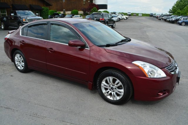 Used 2012 Nissan Altima 2.5 Sedan for sale in Geneva NY