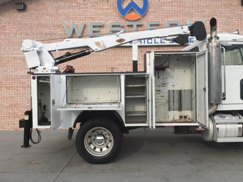 2008 Peterbilt 355 Mechanics Truck