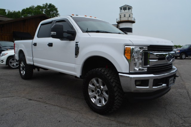 Used 2017 Ford Super Duty F-350 SRW XLT Crew Cab Pickup Truck for sale in Geneva NY