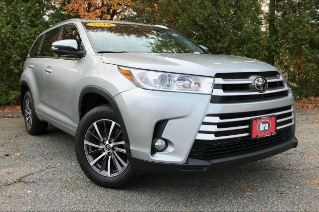 Certified Pre-Owned 2018 Toyota Highlander XLE**HOT DEAL!!**