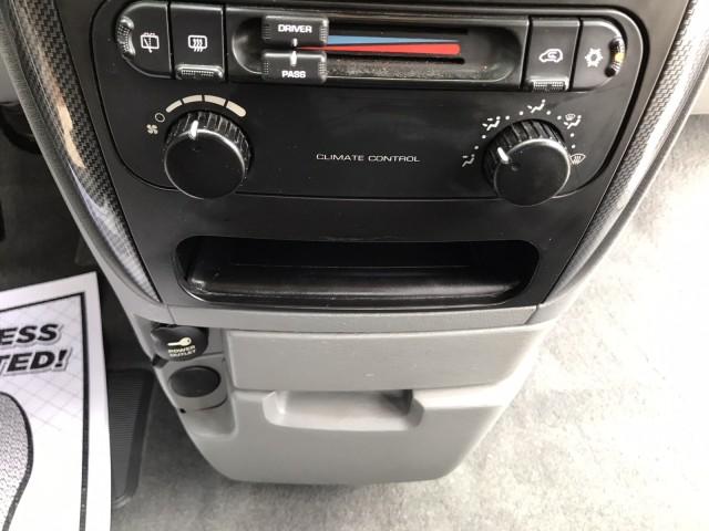 2006 Dodge Caravan SXT Cloth Seats 7 Passenger CD A/C Power Windows in pompano beach, Florida