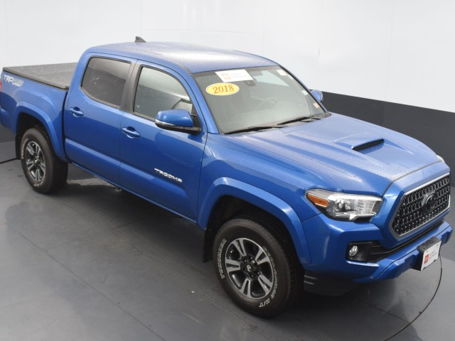 Certified Pre-Owned 2018 Toyota Tacoma TRD Sport w/BSM!