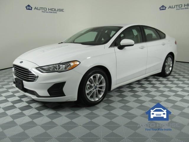 52842018 Ford Fusion SE