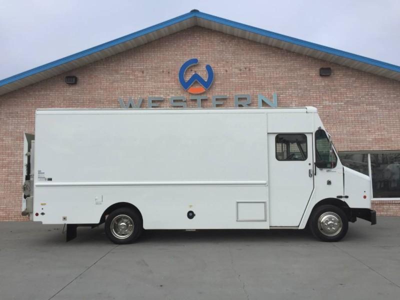 2011 Freightliner MT45 Step Van
