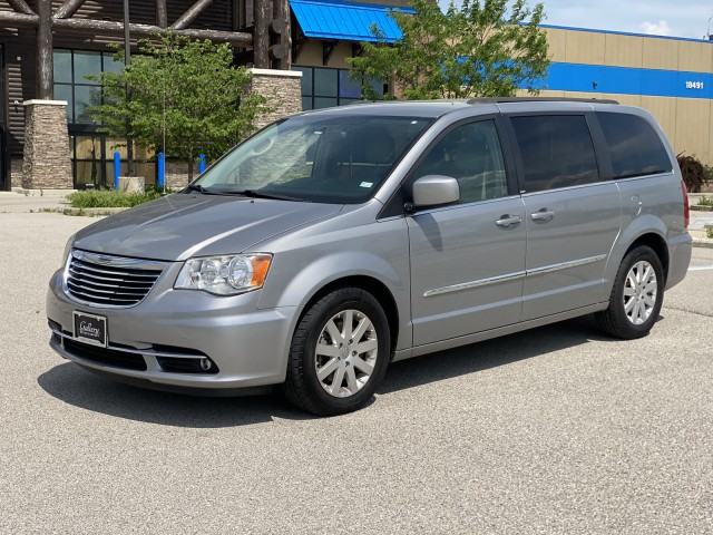 2013 Chrysler Town & Country Touring in Chesterfield, Missouri