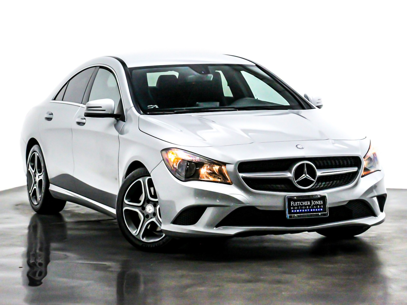 Pre-Owned 2014 Mercedes-Benz CLA 4dr Sdn CLA 250 FWD