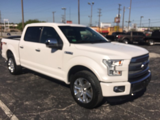 2016 Ford F-150 Platinum in Ft. Worth, Texas