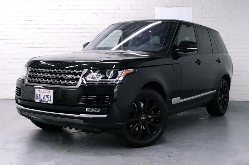 Certified Pre-Owned 2017 Land Rover Range Rover Td6