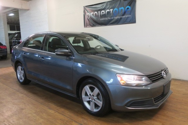 2013 Volkswagen Jetta Sedan TDI w/Premium in Carlstadt, New Jersey