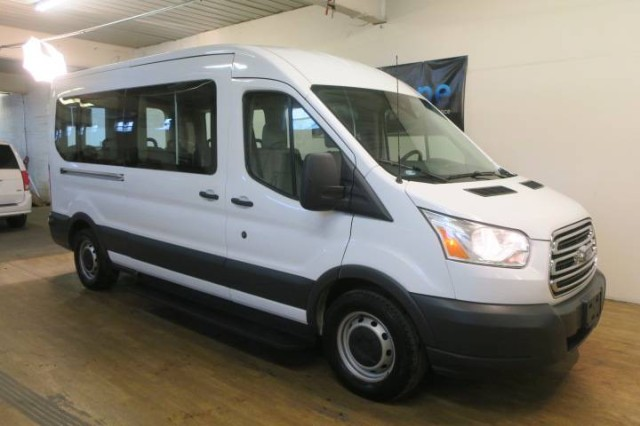 2017 Ford Transit Wagon XL in Carlstadt, New Jersey