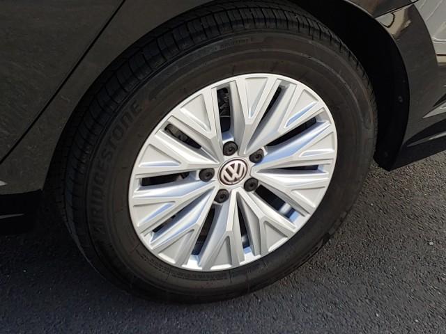 Pre-Owned 2020 Volkswagen Jetta S