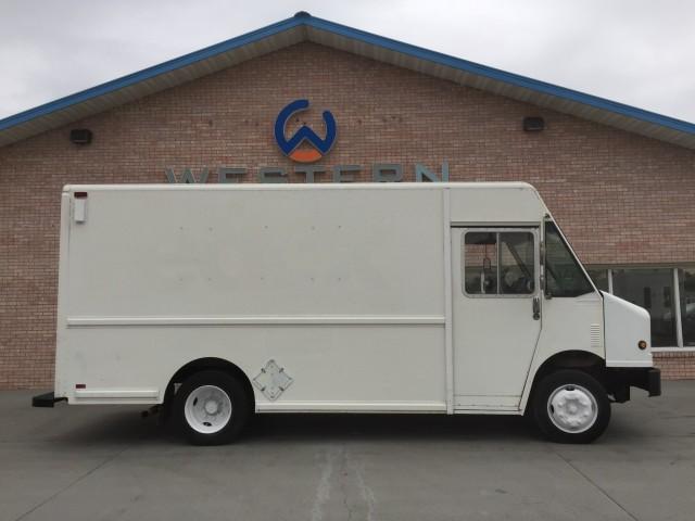 1999 Freightliner P700 Step Van