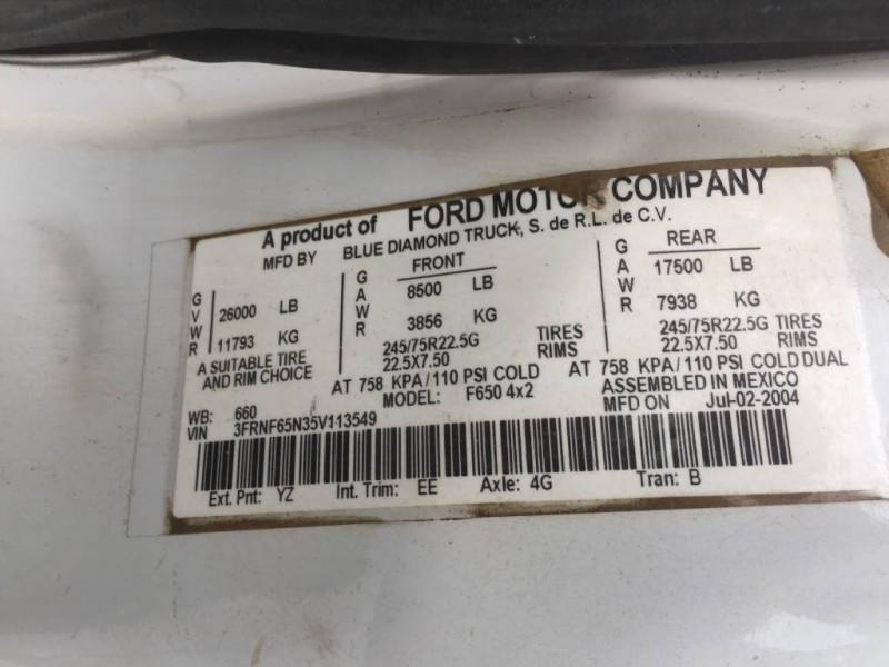 2005 Ford Super Duty F-650 Straight Frame XL