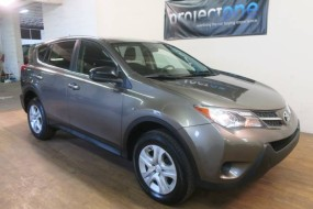 2015 Toyota RAV4 LE AWD in Carlstadt, New Jersey