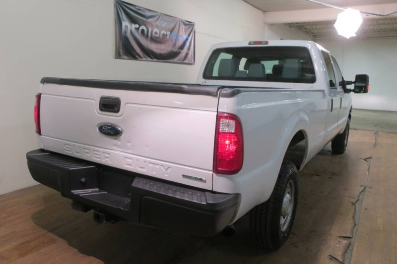2015 Ford Super Duty F-350 XL 4WD in Carlstadt, New Jersey