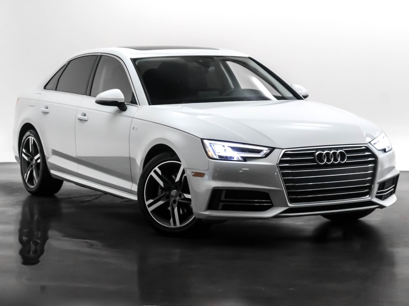 Pre-Owned 2017 Audi A4 ultra Premium Plus