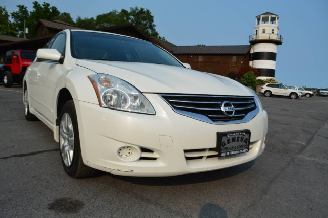 Used 2010 Nissan Altima 2.5 Sedan for sale in Geneva NY