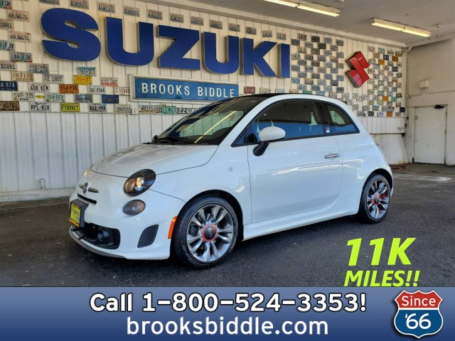 Pre-Owned 2014 Fiat 500c GQ Edition