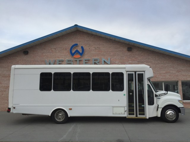 2015  Starcraft Shuttle Bus