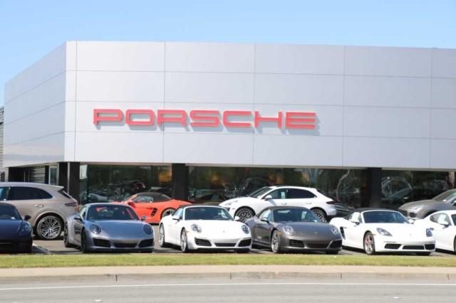 New 2021 Porsche 911 Carrera