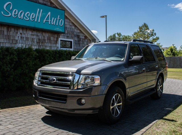 2013 Ford Expedition XLT in Wilmington, North Carolina
