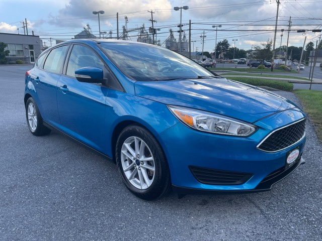 2015-Ford-Focus-SE