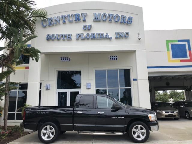 2006 Dodge Ram 1500 FLORIDA SLT CREW CAB LOW MILES in pompano beach, Florida