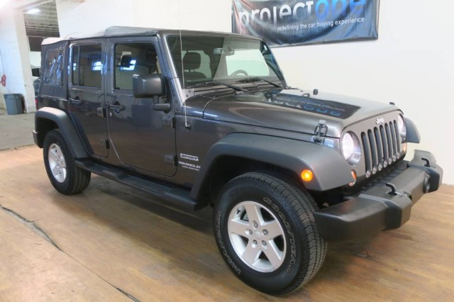 2016 Jeep Wrangler Unlimited Sport in Carlstadt, New Jersey